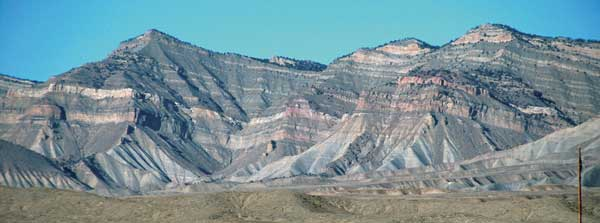 Photo of Book Cliffs, which is a mountain range in western Colorado and eastern Utah.